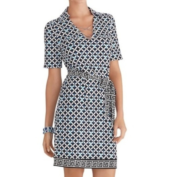 White House Black Market Dresses & Skirts - WHBM Geometric Print Chain Shift Dress